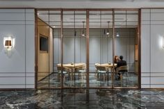 MacDonnell Road Hotel by Hands Hospitality Limited, Hong Kong » Retail Design Blog