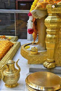 Sai Baba Hd Wallpaper, Sai Baba Pictures, Om Sai Ram, Motivational Speeches, Goddess Lakshmi, Ganesha, Statue, Krishna, Blessing