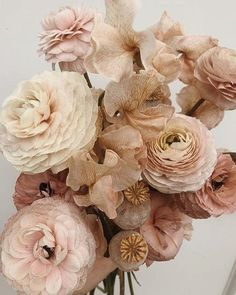 The tight layers on the petals make these florals surreal! Bridal bouquet filled with ranunculus, poppy pods and sweet peas. All blush tones which make a beautiful monochromatic bunch! Floral Wedding, Wedding Bouquets, Wedding Flowers, Minimalist Blogs, Blush Bouquet, Blush Flowers, Beautiful Friend, Planting Flowers, Floral Arrangements