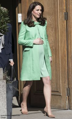 Duchess Kate: The Duchess Convenes a Symposium on Early Intervention in Mint Green Jenny Packham!