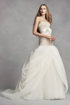 f04935b251da 25 Best Vera Wang Gowns images   Bridal gowns, Engagement, Bride dresses