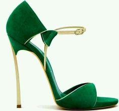 green heels ♡ teaspoonheaven.com