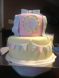 1st Birthday Vintage inspired cake