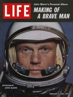 Former Ohio U. Senator and astronaut John Glenn—the first American to orbit the Earth and the third in space—died on Thursday at the above gallery shows, the American hero was a fixture in LIFE Magazine throughout the Space Race era, as the U. Life Magazine, Project Mercury, Historia Universal, Life Cover, Space Race, Space Program, Space Exploration, Belle Photo, American History