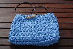 Bolso de trapillo azul