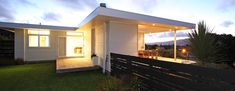 residential architecture waikanae beach house Space Architecture, Residential Architecture, Contemporary Beach House, Outdoor Dining, Outdoor Decor, Architect House, Open Plan Living, New Homes, Interior Design