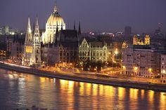 ✯ Budapest Parliament buildings