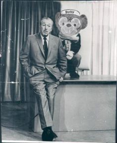 Walt and Duffy... wait he was an actual character? Whoa..