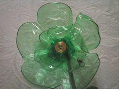 Flor con botella pet