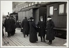 Lisbeth, Rickard and F. Faltin at the Helsinki railway station around 1910 History Of Finland, The Old Days, Historical Pictures, My Heritage, Before Us, Life Photo, Helsinki, Real People, Vintage Photos