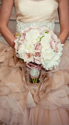Wedding ● Bouquet ● Blush
