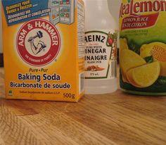 cleaning butcher block: baking soda + lemon juice