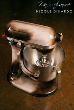 Custom painted kitchenAid Mixers – Un Amore Custom Designs Kitchen Tiles Design, Rustic Kitchen Design, Kitchen Cabinet Design, Country Style Furniture, Cottage Kitchen Cabinets, Vintage Kitchen Accessories, Kitchen Aid Mixer, Custom Paint, Kitchenaid
