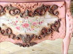 Even more gorgeousness from the beautiful and talented Maritza! Pink Bombe Chest by MaritzaMiniatures on Etsy