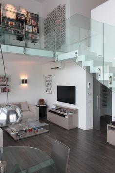 LOFT - soggiorno a doppia altezza : FOTO di Gaia Brunello | Photo&HomeStaging