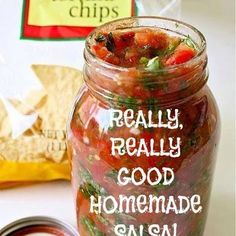 The recipe is in the description only ! Really good homemade Salsa 3 cups chopped tomatoes ½ cup chopped green bell pepper 1 cup onion, diced ¼ cup minced fresh cilantro 2 tablespoons fresh lime juice 4 teaspoons chopped fresh jalapeno … Mexican Food Recipes, Great Recipes, Favorite Recipes, Dips Für Chips, Salsa Guacamole, Salsa Food, Cilantro Salsa, Salsa Salsa, Mild Salsa