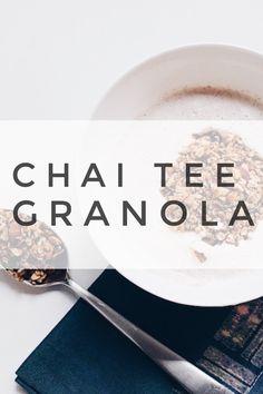 Ayurveda Frühstück: köstliches Chai Tee granola einfach selber machen. #ayurveda Ayurveda Lifestyle, Chai Tee, Buddha Bowl, You Are My Sunshine, Granola, Clean Eating, Food Porn, Breakfast, Easy