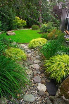 (Affiliate link) Creative DIY Japanese Garden Designs You Can Build Yourself To Complement Your B… | Japanese Garden Design Small Backyards | Japanese... Japanese Garden Landscape, Small Japanese Garden, Japanese Garden Design, Japanese Style, Japanese Gardens, Garden Modern, Traditional Japanese, Town And Country Gardens, Garden Wallpaper