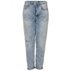 TOPSHOP MOTO Vintage Wash Hayden Boyfriend Jeans ($20) ❤ liked on Polyvore featuring jeans, pants, bottoms, calças, blue, destroyed jeans, blue ripped jeans, blue wash jeans, vintage jeans and distressed jeans