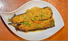 BongCook: Bengali and Indian Recipes: Begun Basanti (Eggplants In A Creamy Mustard Sauce. Creamy Mustard Sauce, Italian Restaurants, Eggplants, Lunch Recipes, Indian Food Recipes, Repeat, Food To Make, Dishes