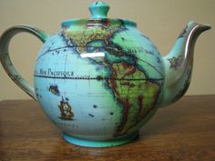 Tea and travel make everything better.(Cardew Terrestrial World Globe Tea Pot) Tea and travel make everything better.(Cardew Terrestrial World Globe Tea Pot) Cuppa Tea, World Globes, Teapots And Cups, My Cup Of Tea, Chocolate Pots, Tea Time, Tea Party, Tea Cups, Coffee Cups