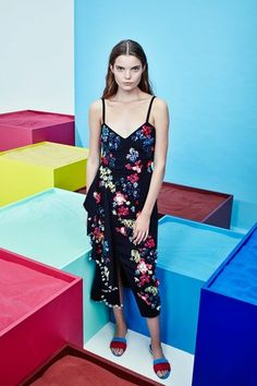 See the complete Tanya Taylor Spring 2017 Ready-to-Wear collection.