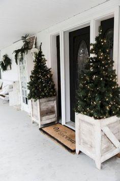 Farmhouse Christmas Decorating Ideas (44)