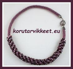 Kauppaan on lisätty vinkit Kumihimon tekemiseen ja suomenkielinen ohje. Tulossa on lisää vinkkejä. Seed Bead Jewelry, Seed Beads, Beaded Jewelry, Beaded Necklace, Jewellery, Bracelets, Beaded Collar, Bangles, Jewelery