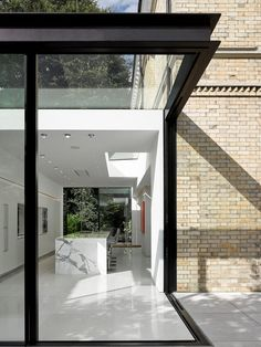 Scott Donald Architecture   Specialising in contemporary houses House Extension Design, Glass Extension, Modern Architecture House, Interior Architecture, Sustainable Architecture, Glass Structure, House Extensions, Pergola, New Homes