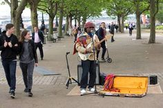 Nile Rodgers goes busking incognito on the Southbank