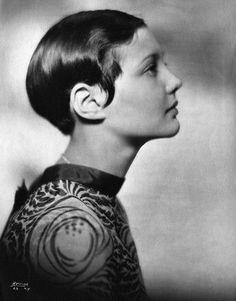 Sylvia Sidney with short hair