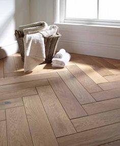Atkinson & Kirby Renaissance Engineered Blocks Chester Oak Floor 500mm Rustic Brushed & Grey UV Oiled 700755