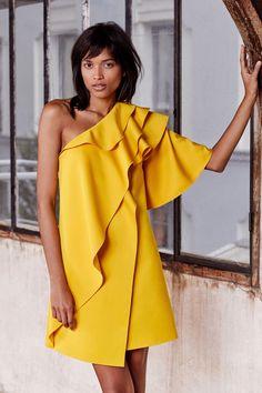 Paule Ka Pre-Fall 2019 Fashion Show Collection: See the complete Paule Ka Pre-Fall 2019 collection. Look 19 Summer Fashion Outfits, Fashion Week, Boho Outfits, Fashion 2020, Modest Fashion, Fashion Trends, Fashion Ideas, Fashion Inspiration, Kids Fashion