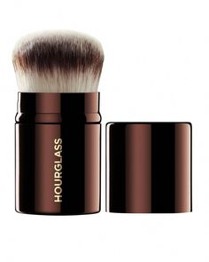 Hourglass Cosmetics Retractable Kabuki Brush #makeupfoundation