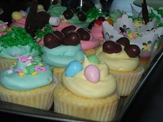 Amazing Easter cupcakes! Amaze your family this Easter with this simple recipe :)