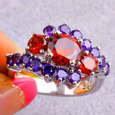 LOOK!!!!!! A BNWT STERLING SILVER AMETHYST AND GARNET RING SIZE 7
