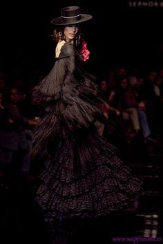flamenca de negro