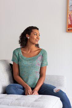 Rose Window Top | Crochet.com Thread Crochet, Crochet Hooks, Knit Crochet, Crochet Short Sleeve Tops, Rose Window, Yarn Projects, Free Pattern, Crochet Patterns, Knitting