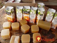"Moja babička použitý olej nevylievala. Jej nápad som ""odkukala"" aj ja! :-) Natural Cleaning Recipes, Natural Cleaning Products, Home Health, Home Made Soap, Handmade Soaps, Diy Soaps, Soap Making, Bath And Body, Diy And Crafts"