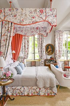 The vivid silk jacquard by Braquenié showers this Provence farmhouse bedroom in florals. On the bed, the pattern is trimmed in bright coral… French Country Bedrooms, French Country Style, French Country Decorating, French Bedroom Decor, Beautiful Bedrooms, Beautiful Interiors, French Interiors, Home Bedroom, Bedroom Furniture