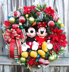 IGW Gallery: Custom Order Disney Mickey and Minnie Mouse Christmas Wreath Disney Christmas Party, Mickey Mouse Christmas Tree, Disney Christmas Decorations, Christmas Tree Themes, Christmas Traditions, Christmas Ideas, Christmas Desserts, Christmas Time, Mickey Mouse Wreath