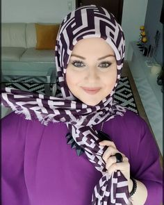 Silk Hijabs are having a major moment but how do we style them Where to start Today I thought I would share some of my favorite ways to style wear a silk Hijab A little collection of pretty silk scarves are such a chic and elegant addition to any wardrobe Hijab Style Video, Hijab Style Tutorial, Turkish Hijab Tutorial, How To Wear Hijab, How To Wear Scarves, Hijab Fashion Inspiration, Style Inspiration, Mode Turban, Simple Hijab