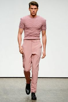 Catwalk photos and all the looks from Ivanman Spring/Summer 2017 Ready-To-Wear Berlin Fashion Week Spring Fashion 2017, Fashion Week, Fashion Show, Fashion Design, Fashion Moda, Trendy Fashion, Mens Fashion, Fashion Trends, High Fashion