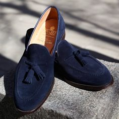 Ocean blue Cavendish from #crockettandjones @roseandborn
