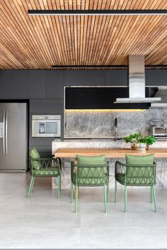 Modern Filipino Interior, Kitchen Dining, Kitchen Decor, Indoor Outdoor Kitchen, Estilo Interior, Steel Frame House, Commercial Kitchen, Kitchenette, Modern Kitchen Design