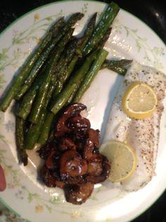Advocare dinner - baked cod with lemons, roasted aspargus, mushrooms.