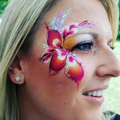 Eye Face Painting, Adult Face Painting, Face Painting Designs, Kids Makeup, Makeup Art, Cool Face Paint, Christmas Face Painting, Maquillage Halloween, Eye Art
