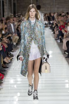 Louis Vuitton Spring/Summer 2018 Ready To Wear | British Vogue