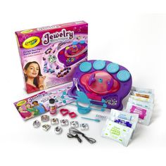 Crayola Model Magic Jewelry Studio To Gift a Nine Year Old Girl Who love To Design Her Own Jewelry.