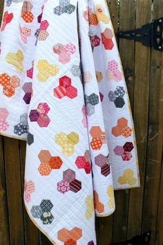10 Ways to Incorporate More Meaning into Your Patchwork | Sew Mama Sew | Outstanding sewing, quilting, and needlework tutorials since 2005 - hexi hexagons